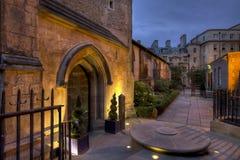 St Michaels Cambridge en la noche Imagen de archivo libre de regalías