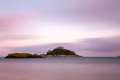 St. Michaels Mount at dusk with violett skies, UK Stock Photo