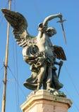 St- Michaelstatue an der Spitze Castel Sant-` Angelo in Rom Lizenzfreie Stockfotos