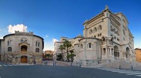 St Nicholas Cathedral y justicia Palace, Mónaco Foto de archivo libre de regalías