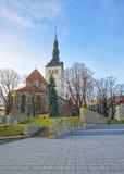 St Nicholas Church i den gamla staden av Tallinn i Estland Royaltyfri Fotografi