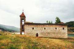 St Nicholas Church, lac Mavrovo, Macédoine Images stock