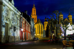 St Nicholas Church in Maastricht bij nacht Royalty-vrije Stock Foto's