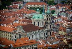 St Nicholas Church, Oud Stadsvierkant in de Tsjechische Republiek, Praag Stock Foto