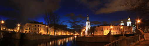 St. Nicholas Church, St Petersburg, Ryssland Royaltyfria Bilder