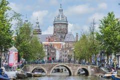 St Nicholas kyrka i Amsterdam, Nederländerna Arkivbilder