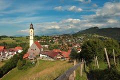 St Nikolaus церков Pfronten в баварских горных вершинах Стоковое Изображение RF