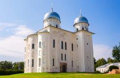 St ortodossa russa George Cathedral nel monastero di Yuriev dentro immagine stock