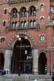 11/03/2018 St pancras hoteli/lów Międzynarodowa sztachetowa stacja Londyn Fotografia Stock