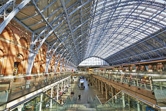 St Pancras stationsterminal Royaltyfri Fotografi