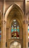 St Patrick's大教堂污迹玻璃窗 库存图片