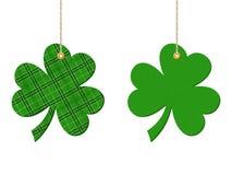 St Patrick dag hangende klavers (klaver) Vector illustratie Royalty-vrije Stock Fotografie