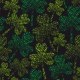 St. Patrick dnia rocznika koniczyny bezszwowy wzór Obraz Royalty Free
