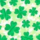 St. Patrick dnia wzór z koniczyną. Wektorowy tło. Zdjęcie Royalty Free