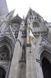 St Patrick Katedralna fasada od środka miasta Manhattan w Miasto Nowy Jork w Stany Zjednoczone Zdjęcia Stock