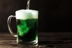 St Patrick piwo zdjęcia stock