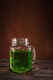 St Patrick ` s dag groen bier stock foto