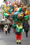 St. Patrick `s Dag; Mens 2 van de ballon Stock Foto's