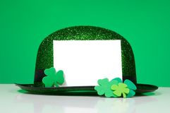St. Patrick's Day Note blank notecard. Blank notecard with St. Patricks day decorations Royalty Free Stock Photos