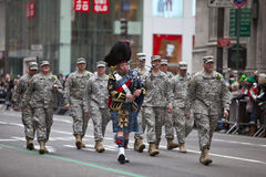St Patrick Tagesparade New York 2013 Lizenzfreie Stockfotos
