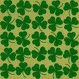 St Patricks在绿色的天背景 免版税库存图片