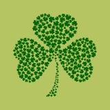 St Patricks在绿色的天背景 免版税库存照片