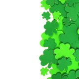 St Patricks天三叶草边界 免版税库存照片