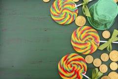 St Patricks天彩虹棒棒糖 图库摄影