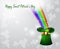 St Patricks天有彩虹的绿色帽子 免版税库存照片