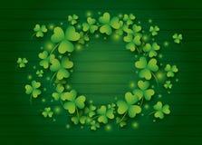 St Patricks dag achtergrondontwerp van klaverbladeren Stock Fotografie