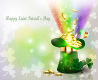 St Patricks day green hat with rainbow Royalty Free Stock Photos