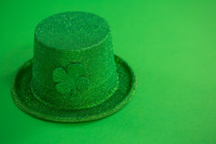 St Patricks Day leprechaun hat with shamrock Stock Photos