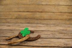 St Patricks dnia shamrock z dwa podkowami Obraz Stock