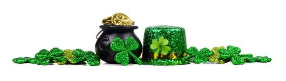 St Patricks dnia wystroju długa granica nad bielem Zdjęcie Stock