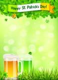 St Patricks het malplaatje van het Dagpamflet met bier en Royalty-vrije Stock Foto's