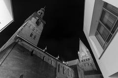 St patroklidom en st Petri kerk meest soest Duitsland in de avond Royalty-vrije Stock Fotografie