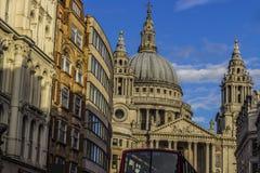 St Paul autobus i katedra Obraz Royalty Free