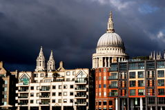 St paul cathedral with clouds, london Royalty Free Stock Photos