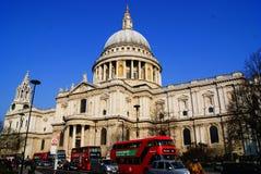 St Paul Cathedral en Londres Inglaterra fotografía de archivo libre de regalías