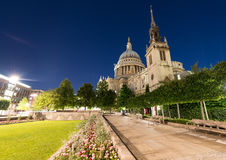 St Paul Cathedral and gardens - London by night Stock Image