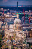 St Paul Cathedral London R-U Images stock