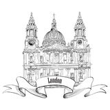 St Paul Cathedral, Londres, R-U.  Label célèbre de ville de voyage. Image stock