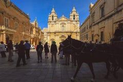 St Paul domkyrka i den Mdina staden Mdina royaltyfria foton