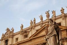 St Paul e gli apostoli, Vatican, Roma, Italia fotografia stock libera da diritti