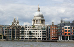 St Paul's Cathedral from the River Thames Royalty Free Stock Images