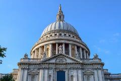 St Paul& x27; s Katedralna fasada w górę zdjęcia royalty free