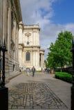 St Paul ` s, London, UK - Augusti 3, 2017: sidosikt av St Paul ` s Royaltyfria Bilder