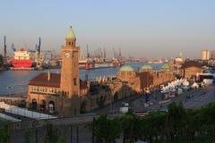 St. Pauli Piers in Hamburg lizenzfreies stockbild