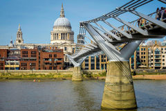 St Pauls Cathederal du Southbank Photographie stock