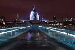 St Pauls Cathedral beyond the Millennium Bridge Stock Image